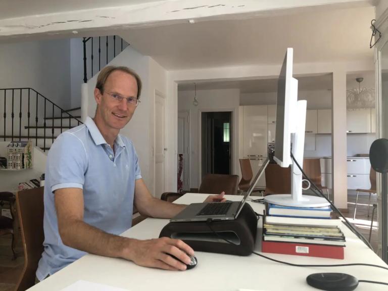 Martin Skulec - Coach Parental dans Nice Matin